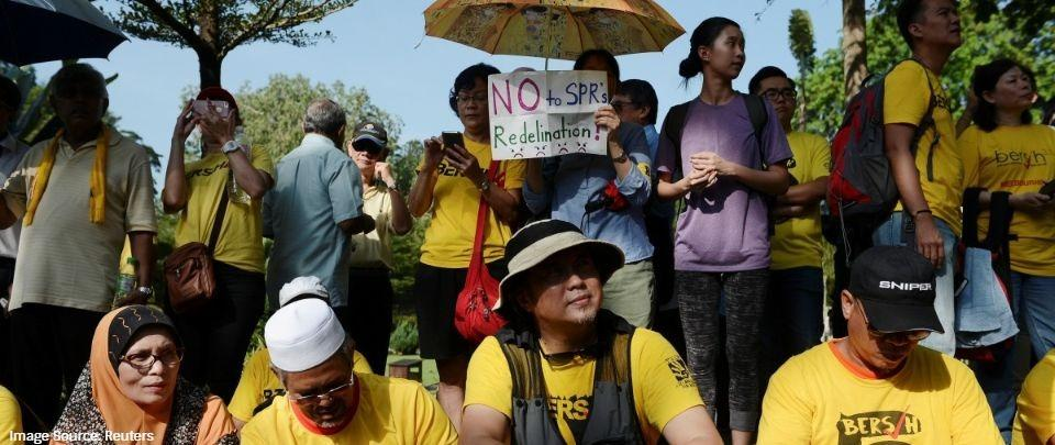 Bersih supporters waiting outside Parliament